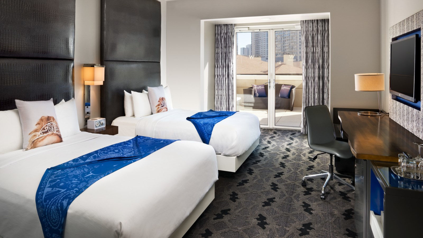 Downtown Dallas Hotel Rooms | W Dallas - Victory Hotel