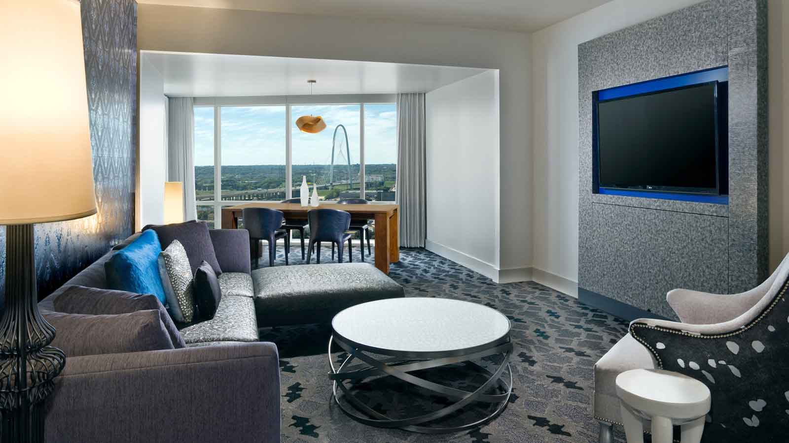 Downtown Dallas Hotel Rooms